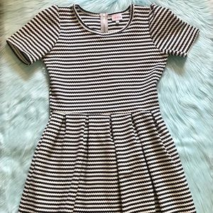 Sz. Lg.~Striped LuLaRoe Dress